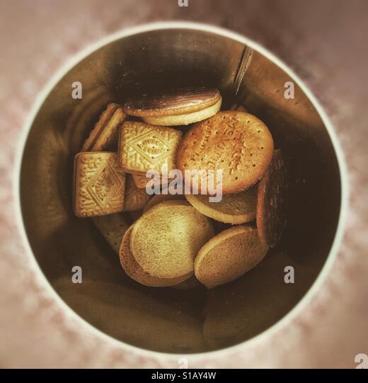 Old Fashioned Biscuit Barrel