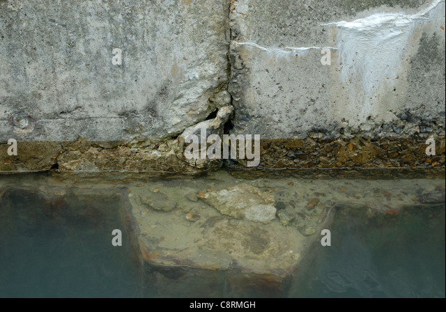 Hostile environment stock photos hostile environment for Crumbling concrete floor