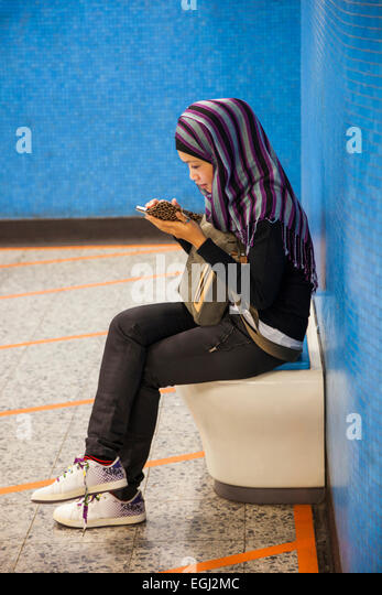 mc lean single muslim girls Meet muslim women and find your true love at muslimacom sign up today and browse profiles of muslim women for freelink value.