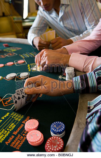 Table de poker casino arcachon by casino directory game name online slot