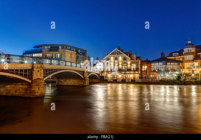Riverside Flat Stock Photos Amp Riverside Flat Stock Images Alamy