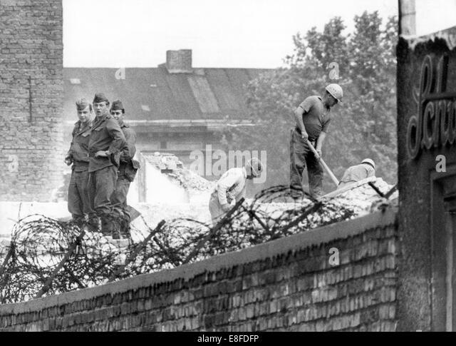 The Berlin Wall: a short history