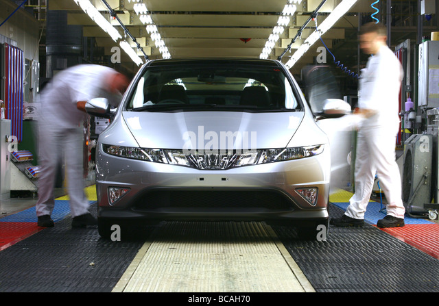 Honda Factory Swindon UK Honda Civics At The End Of The Production Line    Stock Image