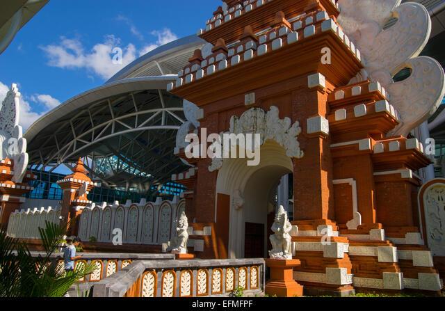 Aeroporto Denpasar : Denpasar stock photos images alamy