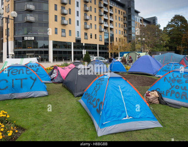 The tent city homeless protest in Hull in November 2016 - Stock Image & Homeless Protest Tents Stock Photos u0026 Homeless Protest Tents Stock ...