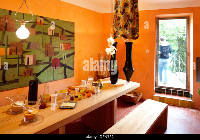 Luberon france stock photos luberon france stock images for Chambre avec vue