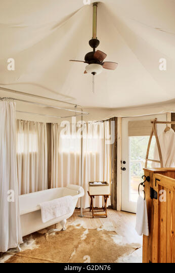 Bathroom in Luxury C&ing Tent - Stock Image & Luxury Tent Bathroom Stock Photos u0026 Luxury Tent Bathroom Stock ...