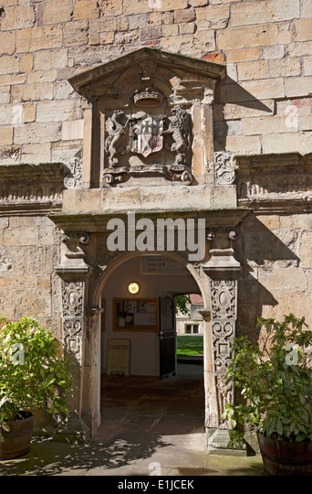 Crest above door Kings Manor the City C&us of University of York North Yorkshire England & Plaque Above The Door Stock Photos \u0026 Plaque Above The Door Stock ... Pezcame.Com