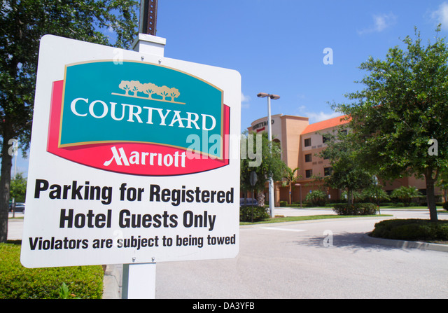 Marriott Sign Stock Photos Amp Marriott Sign Stock Images