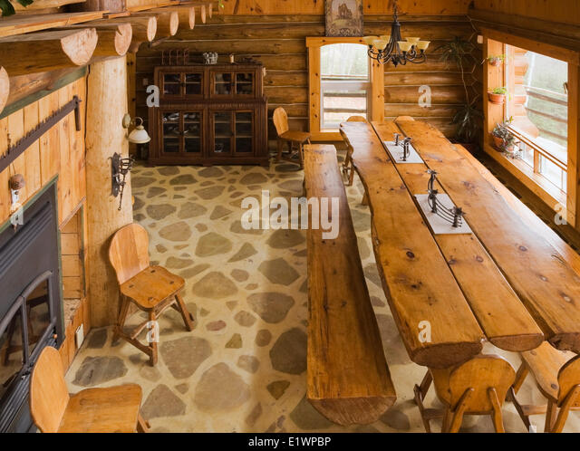 Rustic dining room stock photos rustic dining room stock for Html table inside th