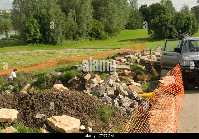 Landscape gardener stock photos landscape gardener stock for Landscaping rocks stockton ca