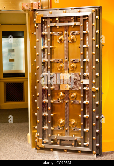 Interior view of a bank vault door - Stock Image & Strongroom Door Stock Photos \u0026 Strongroom Door Stock Images - Alamy