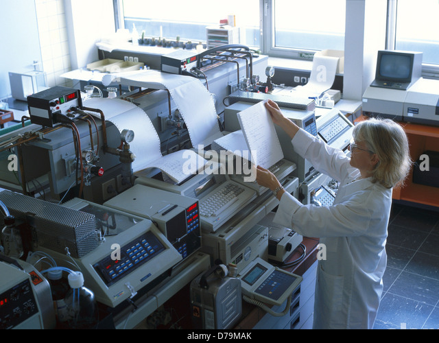 chem lab chromatography There are two general principles involved in ion-exchange chromatography these include the mobile phase and the stationary phase in cation-exchange chromatography,.