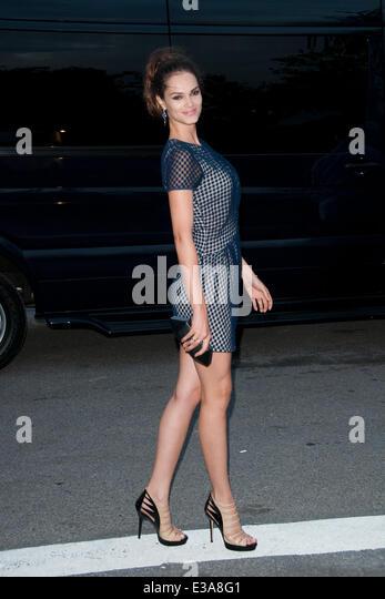 Lisalla montenegro stock photos lisalla montenegro stock for Mercedes benz of manhattan new york city