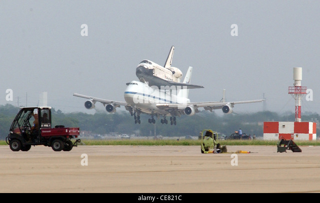 kelly afb space shuttle carrier aircraft - photo #6