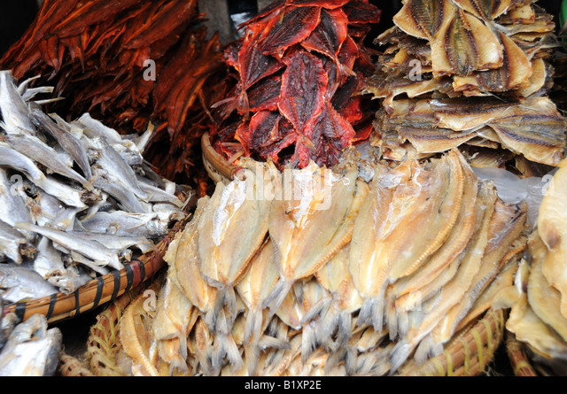 Smoked fish for sale stock photos smoked fish for sale for Thill s fish house