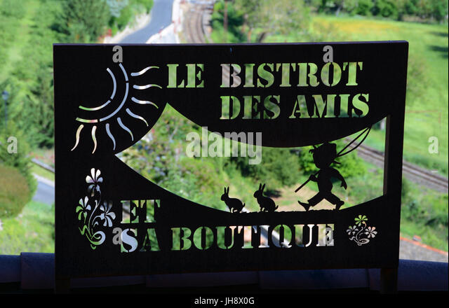 cade sign, Le Bistrot des Amis, Peyre, Aveyron, France - Stock Image