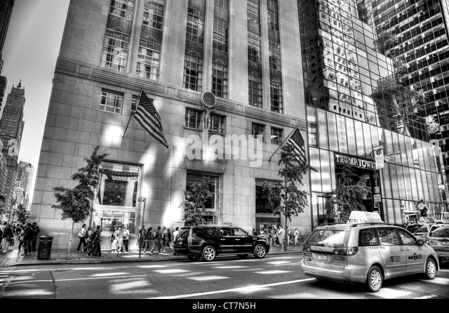 Tiffany & Co Jewelry Store in New York City Fifth Avenue location entrance & Trump Tower next door - Stock Image