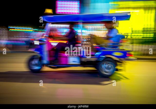 Thai classic ban tuk lab tad suang 9