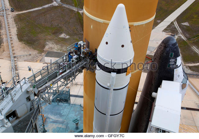 space shuttle umbilical connections - photo #39