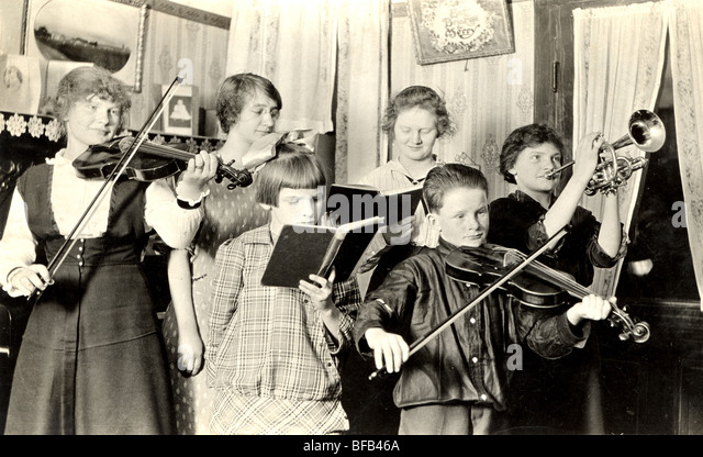Childrenu0027s Sextet Band Practicing   Stock Image