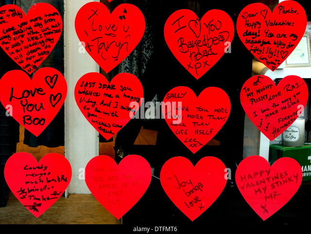 Valentineu0027s Day Messages In Shop Window Display, London   Stock Image