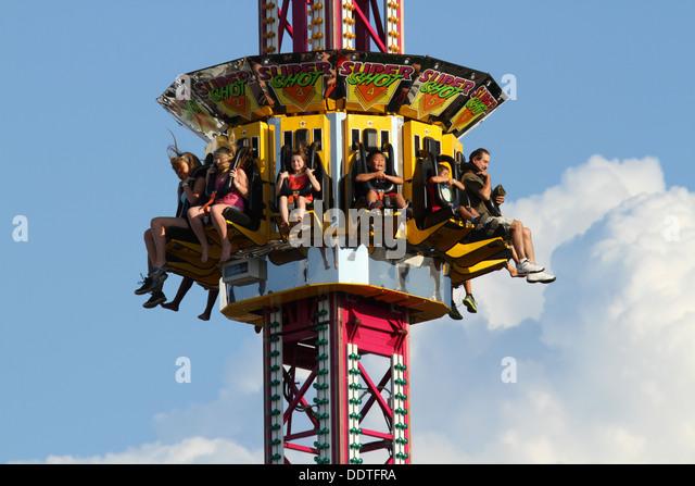 Drop Tower Stock Photos & Drop Tower Stock Images - Alamy