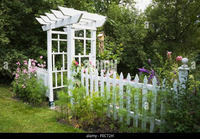 From a little white devon cottage for Pretty fencing ideas