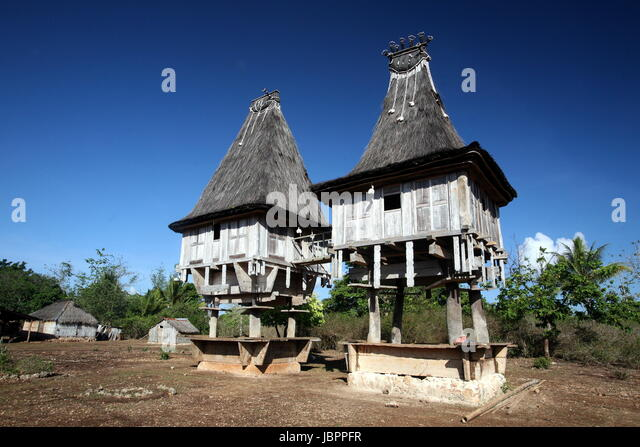 Jaco island stock photos jaco island stock images alamy for Traditionelles haus