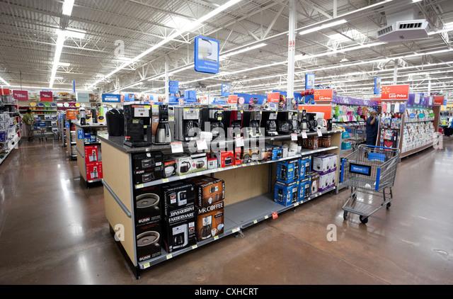 Walmart Stock Photos & Walmart Stock Images - Alamy
