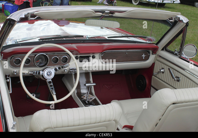 Ford Mustang 1960s Stock Photos & Ford Mustang 1960s Stock Images ...