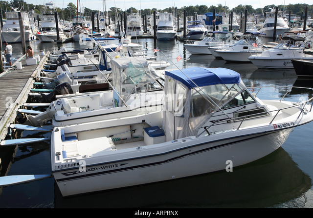Boat storage united states stock photos boat storage for Small fishing boats with motor