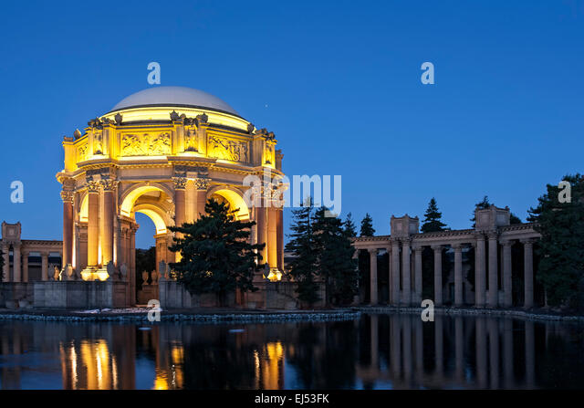 Palace stock photos palace stock images alamy for Agra fine indian cuisine king street