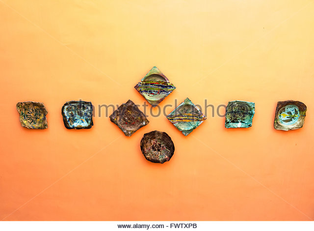 Decorative Plates On Wall Stock Photos & Decorative Plates On Wall ...