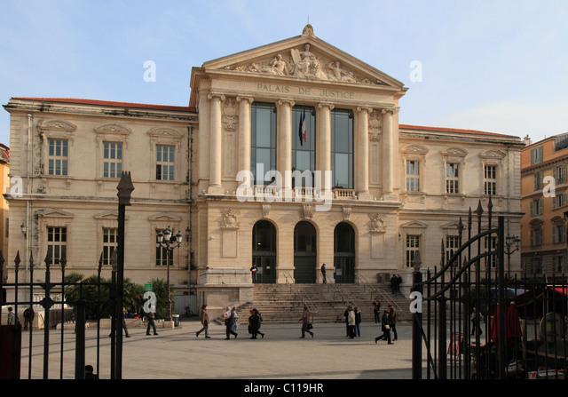Place du palais de justice stock photos place du palais for Tribunal d instance salon de provence