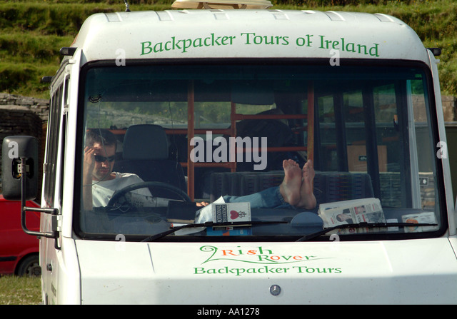 ireland backpackers stock photos ireland backpackers stock images alamy. Black Bedroom Furniture Sets. Home Design Ideas