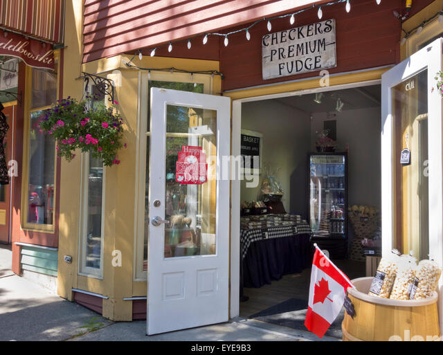 Checkers Premium Fudge Shop with doors open and decorated for Canada Day in Fort Langley & Langley Bc Stock Photos \u0026 Langley Bc Stock Images - Alamy Pezcame.Com