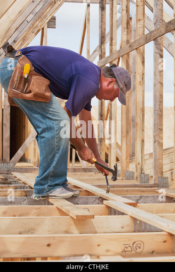 how to become a journeyman carpenter in canada