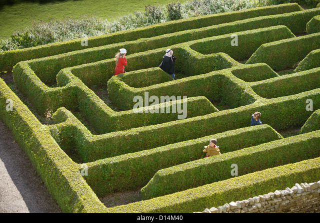 High Hedge Stock Photos Amp High Hedge Stock Images Alamy