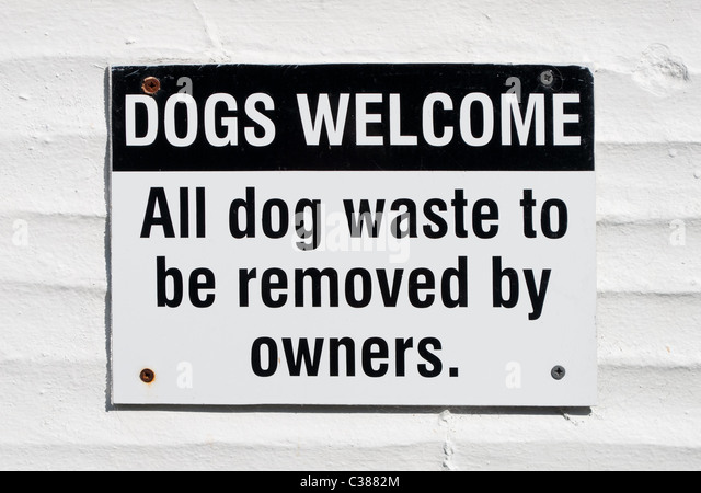Dogs Welcome Sign Stoc...