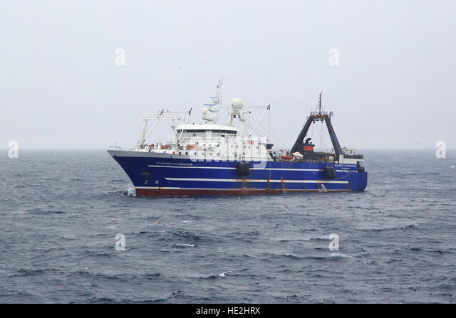 Bering sea fishing stock photos bering sea fishing stock for Bering sea fishing