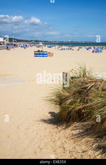 Sandbanks beach poole dorset stock photos sandbanks for Most expensive places to live in england