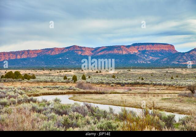 Alcove of rock stock photos alcove of rock stock images for Landscaping rocks utah county