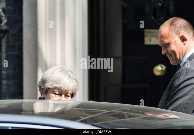 London, UK. 21st June, 2017. British Prime Minister Theresa May leaves 10 Downing Street for the State Opening of - Stock Image