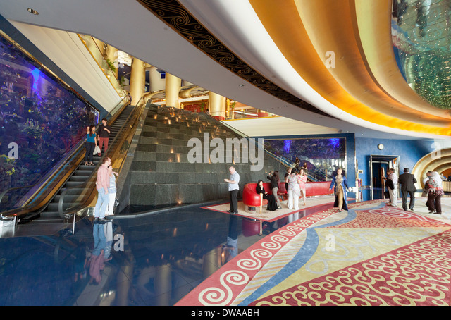 7 star hotel lobbies images galleries for Burj al arab interior