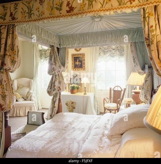 Opulent bedroom stock photos opulent bedroom stock for Opulent bedrooms