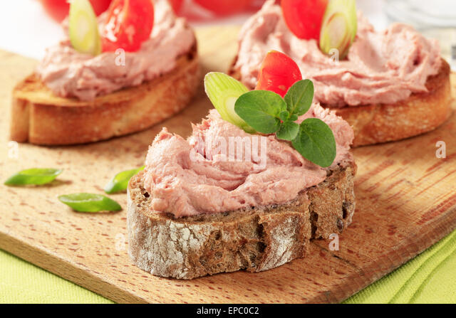 Canap s duck stock photos canap s duck stock images alamy for Canape spreaders