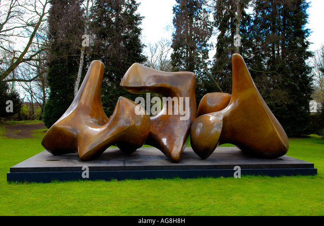 Henry Moore Contemporary Sculptures Statues Stock Photos Henry - This beautiful bronze sculpture has been attached to a tree since 1968