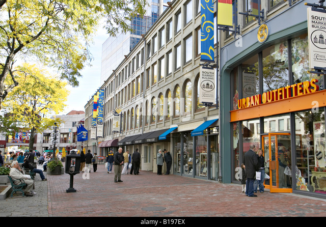 Faneuil Hall Marketplace • 4 South Market Building • Boston, MA • Faneuil Hall Marketplace Merchant's Association owns and operates this website. Web Design by SERPCOM: A Boston Digital Marketing Agency | © Faneuil Hall Marketplace.