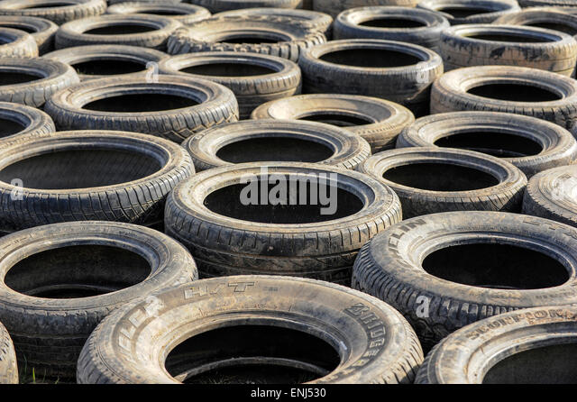Tyre obstacle stock photos tyre obstacle stock images for Old tyre uses